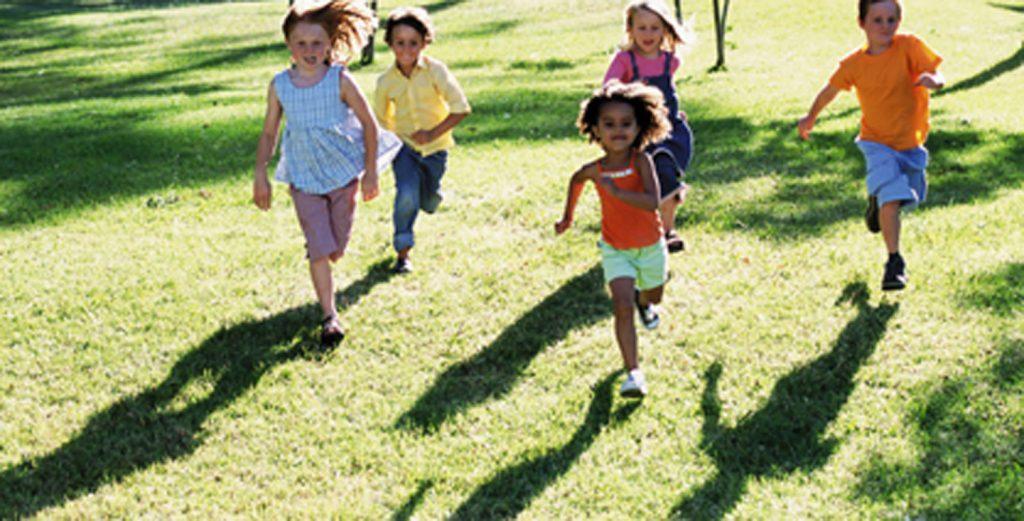 Enfant-les-activites-sportives-au-grand-air